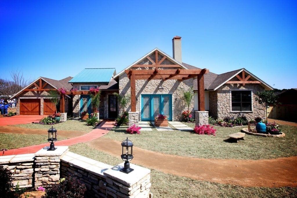 Bayless Custom Homes - Custom Home Builder Tyler TX - Extreme Home Makeover 30