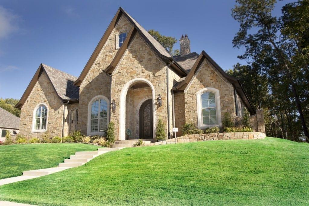 Custom Home Builder - Bayless Custom Homes Tyler TX- Lenard Home 1